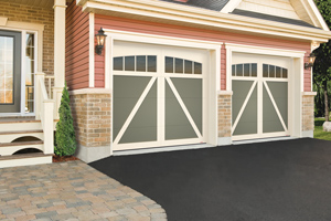 Carriage style garage doors Guelph, ON